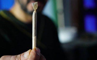 Cannabis roken kan genetische veranderingen veroorzaken in de sperma van mannen