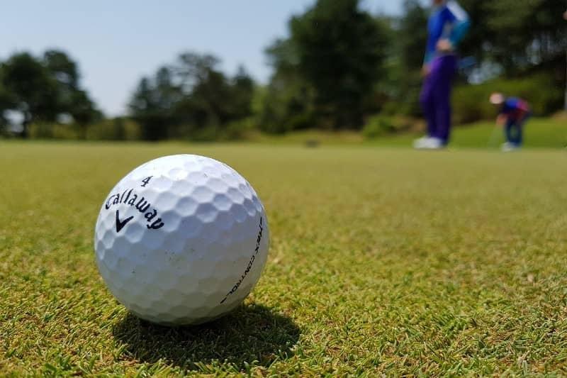 Kunnen zwangere vrouwen golfen?