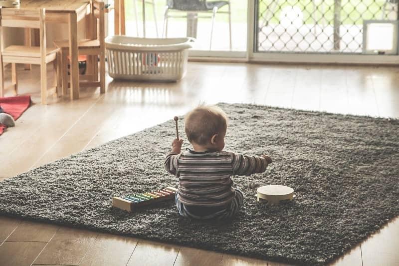 Baby ontwikkeling door klassieke muziek te luisteren in de zwangerschap