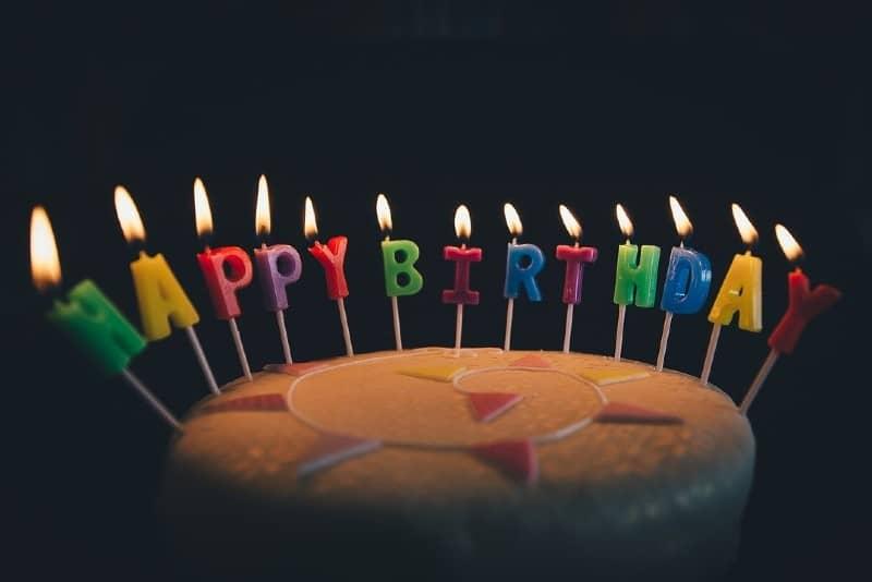 5 manieren om je verjaardag te vieren als je zwanger bent